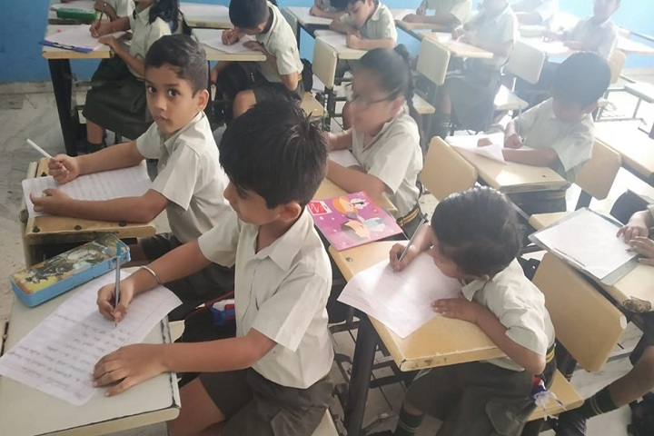 Amarjyoti Saraswati International School-Classroom Junior
