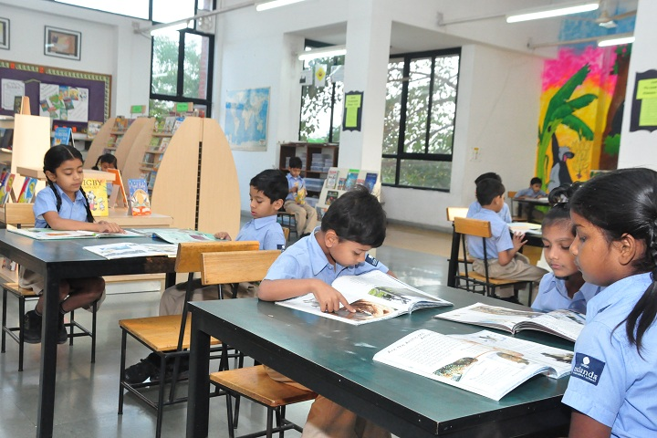 Nalanda International School-Library with reading room
