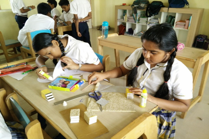 Ithaka Engish Medium School-Art Activity
