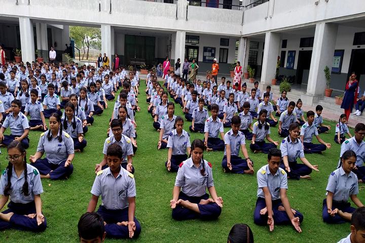Lalji Mehrotra Lions School-Others yoga