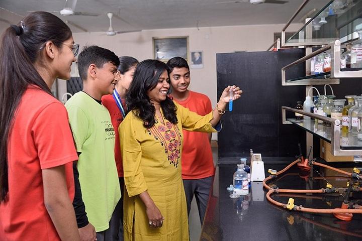 Anand Niketan-Chemistry Lab