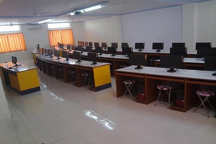 Saint PaulS School-IT-Lab full view