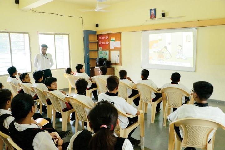 Swaminarayan Dham International School-Smart Classroom
