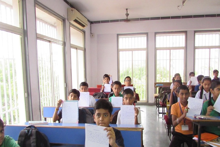 Madhav International School-Classroom