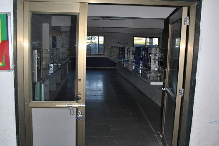 Mother Teresa World School-Chemistry Lab