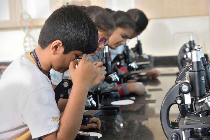 Jamnabai Narsee School-Laboratory biology