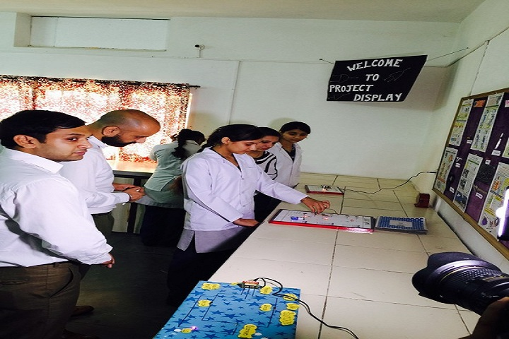 Adarsh Public School-Laboratory physics