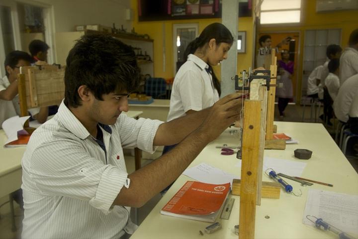 The Shri Ram School-Laboratory physics