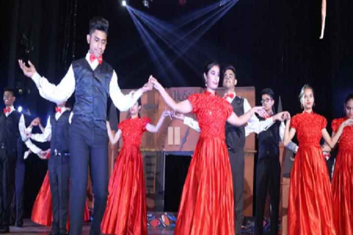 SaupinS School-Events dance