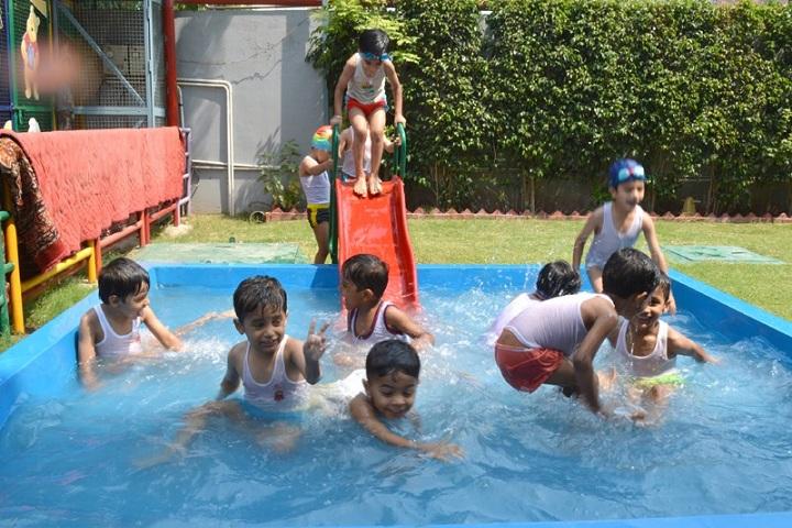 SaupinS School-Swimming Pool
