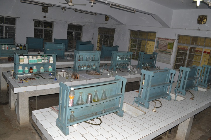 Carmel School-Chemistry Lab