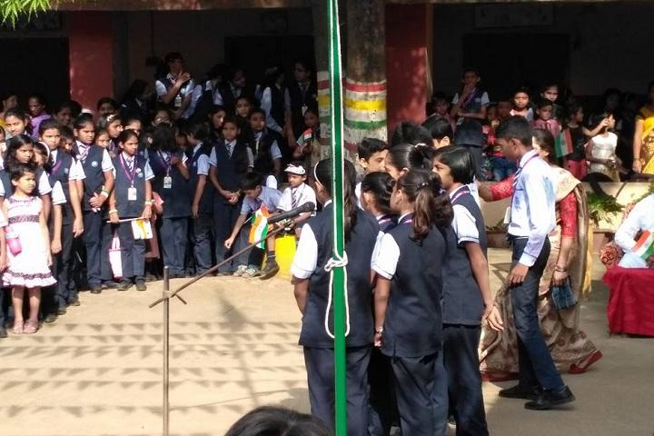 St Thomas School-Singing