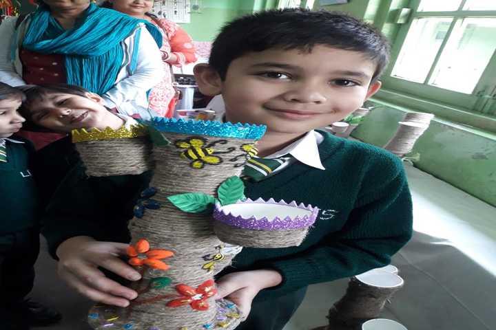 Little Flower School-Art And Craft