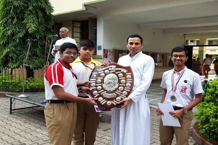 Loyola School-Awards