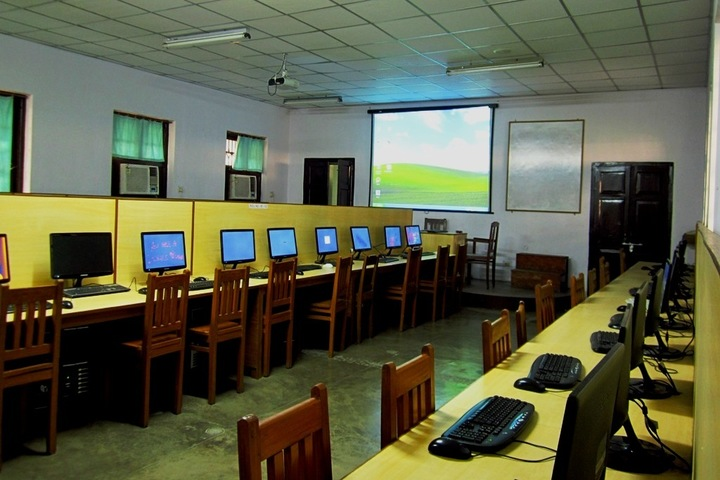 Loyola School-Computer Lab
