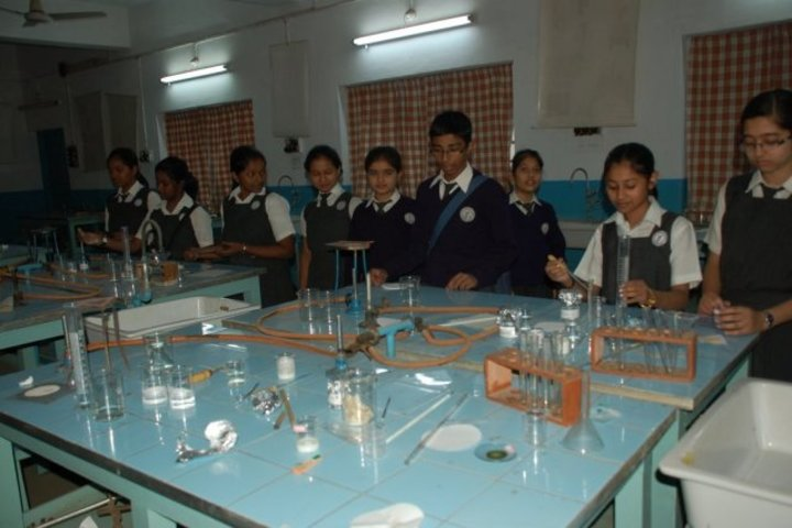 D B M S English School-Chemistry Lab