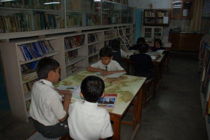 D B M S English School-Library