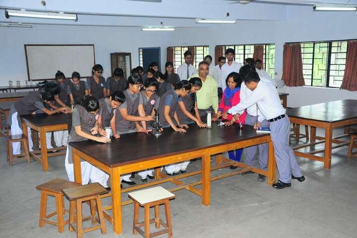 Rajendra Vidyalaya-Biology Lab