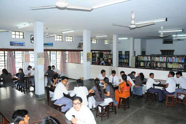Rajendra Vidyalaya-Library