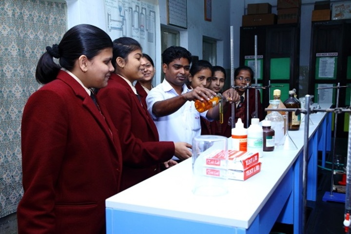 Hill Top School-Chemistry Lab