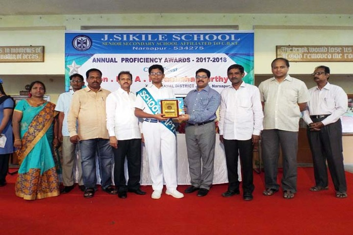 J Sikile Foundation School-Award Receiving