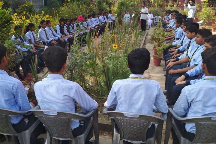 St XavierS School-Camp