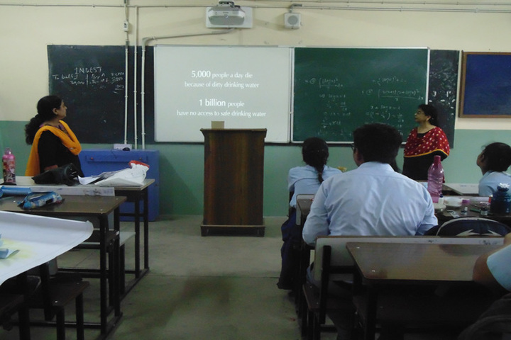 Narbheram Hansraj English School-Smart Classroom