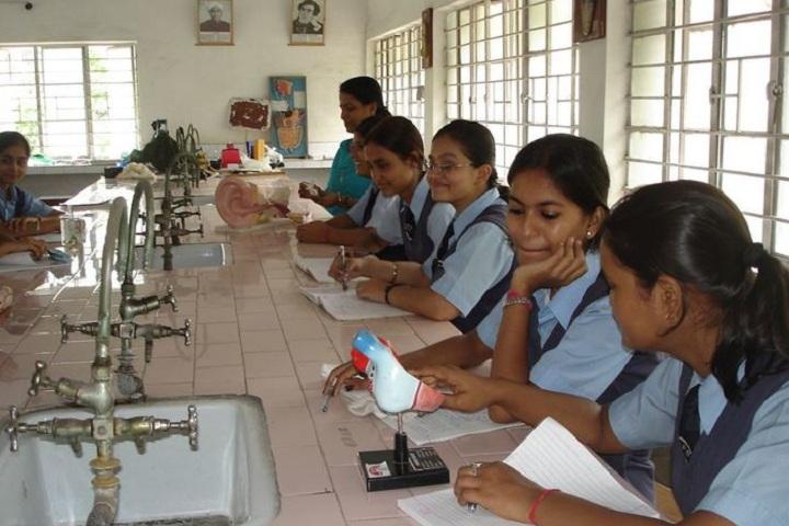 Motilal Nehru Public School-Biology Lab