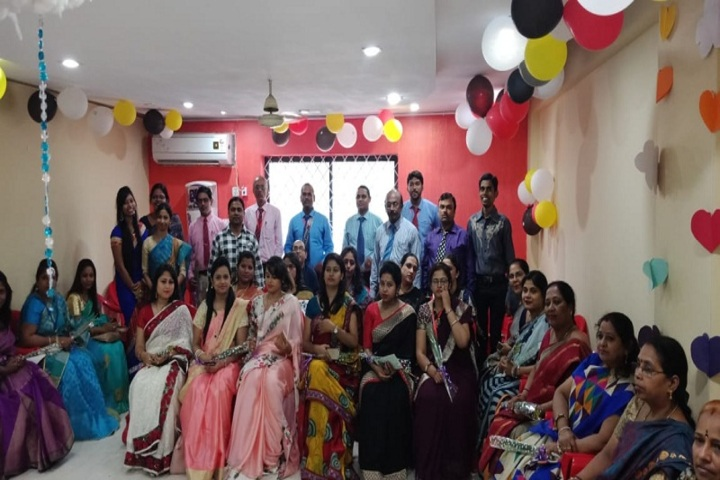 Dayanand Anglo Vedic Public School-Staff Group Photo