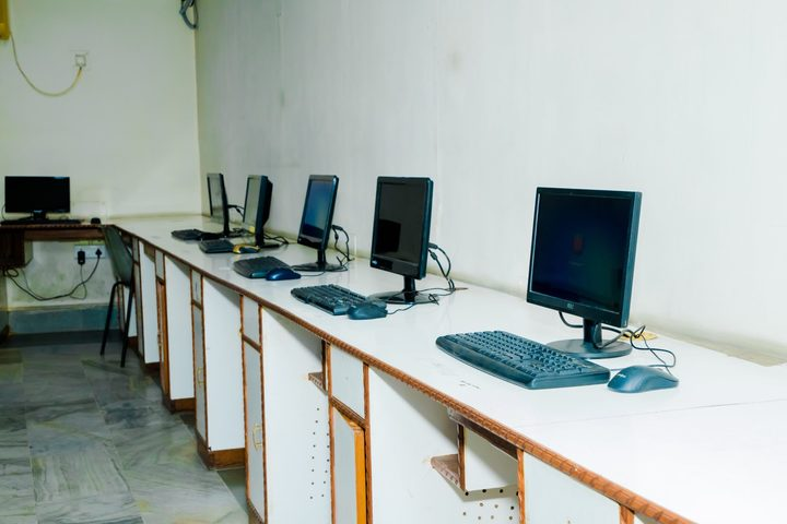 Dayanand Anglo Vedic Public School-Computer Lab