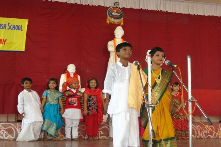 Ramakrishna Mission English School-Fancy Dress