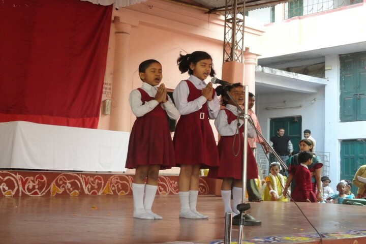 Ramakrishna Mission English School-Singing Activty