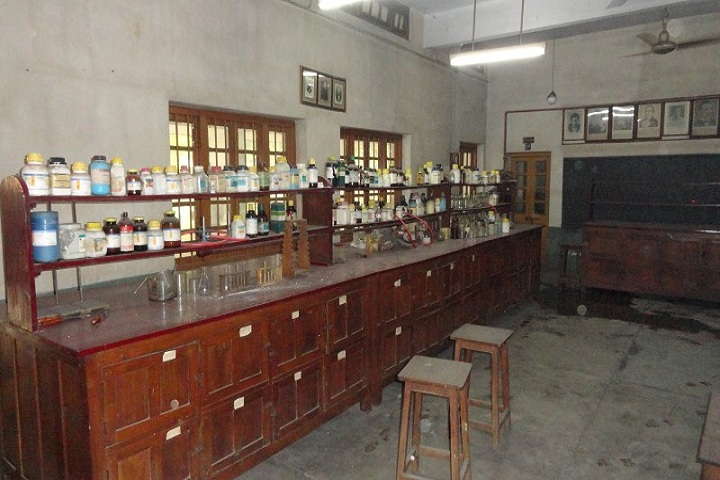 Sister Nivedita English High School-Lab