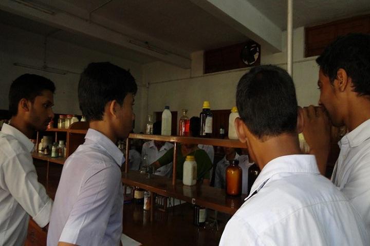 Vivekananda English High School-Lab