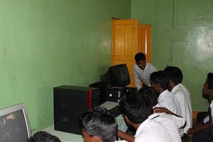 Bishop Westcott School-Computer Lab