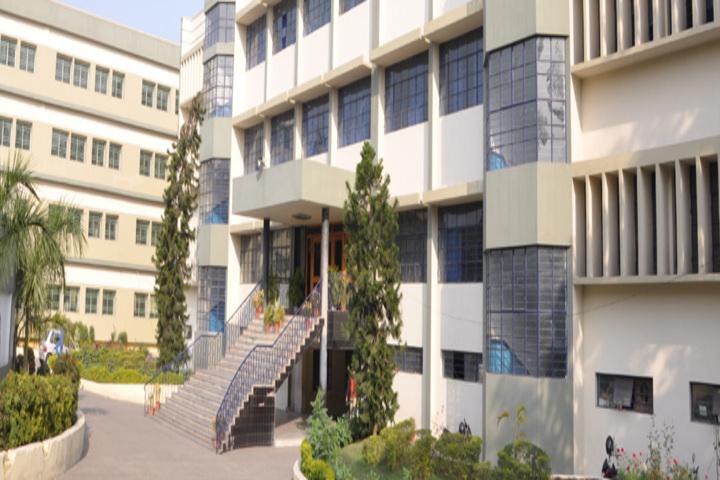 Kerala Public School-Building
