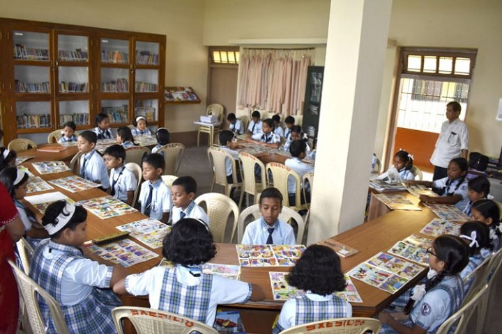 St XavierS English School-Library With Reading Room