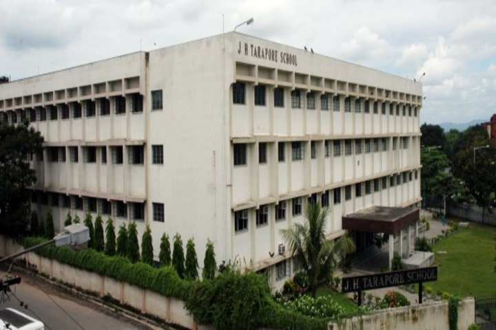 J H Tarapore School-School Building