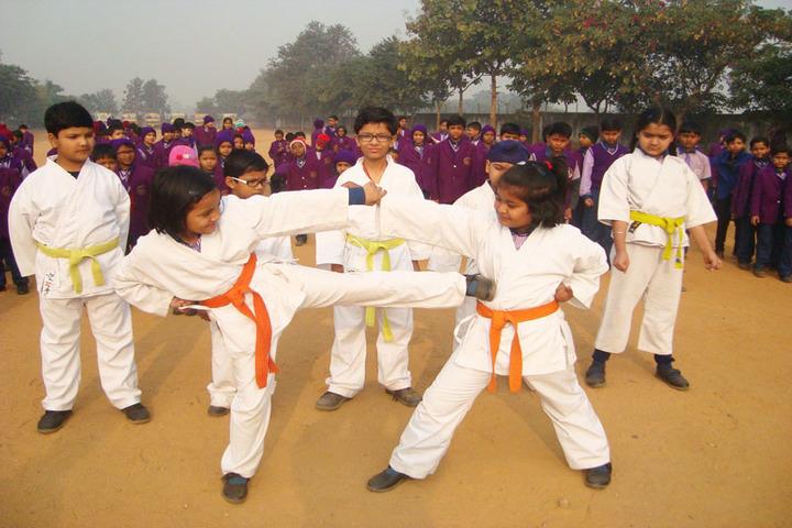 St Anns School-Karate Activity