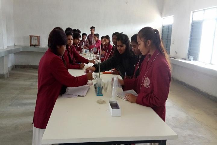 DAV Mukhyamantri Public School-Chemistry Lab