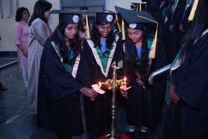Tarapore School-Graduation Day