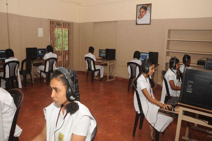 Amrita Vidyalayam-Chemsitry Lab