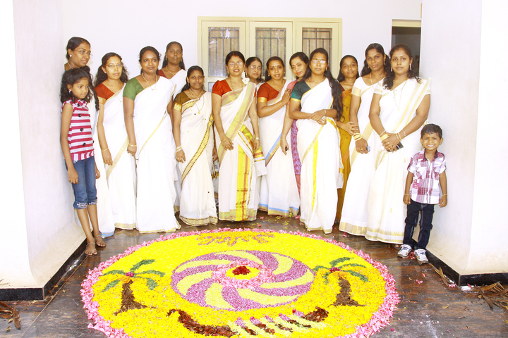 Infant Jesus Anglo - Indian Higher Secondary School-Onam Celebrations