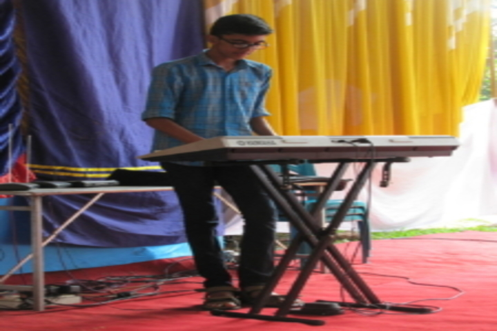 Sri Adwayananda Public School-Music