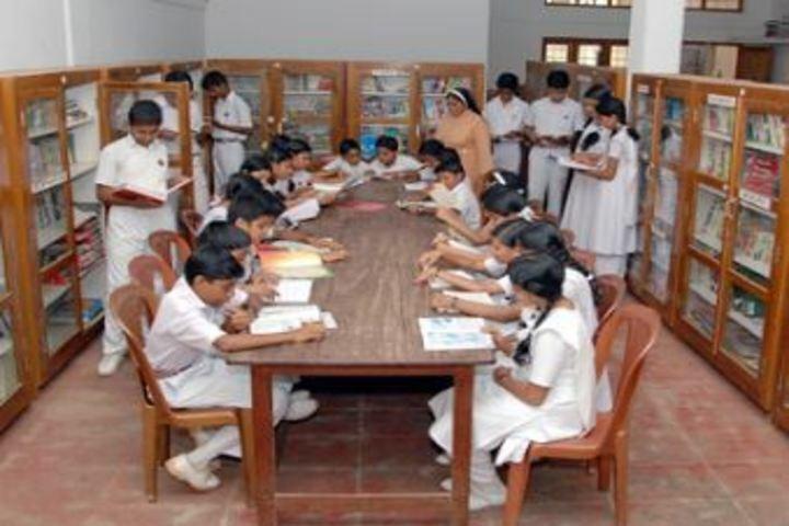 Sreepuram English Medium High School And Junior College-Library