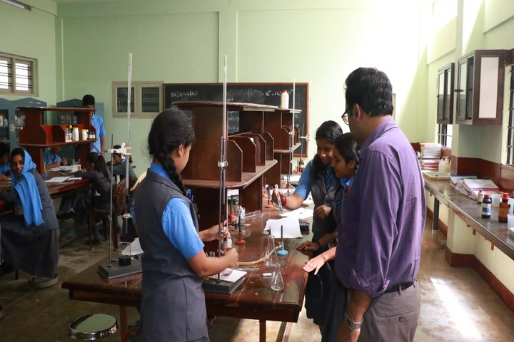 St Patrick S School-Chemistry Lab