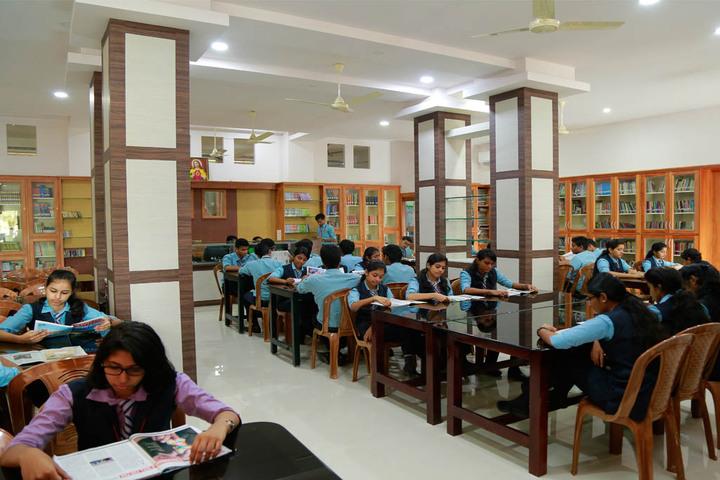 Kuriakose Elias English Medium School-Library