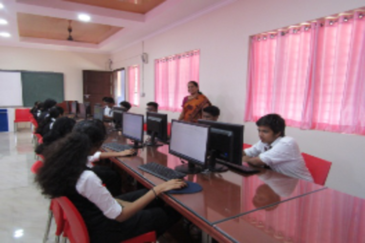 Sacred Heart Higher Secondary School & CISCE Junior College-Computer Lab