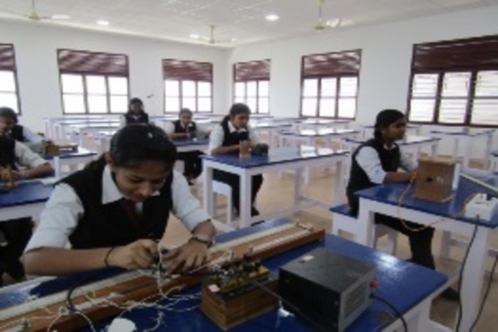 Sacred Heart Higher Secondary School & CISCE Junior College-Physics Lab