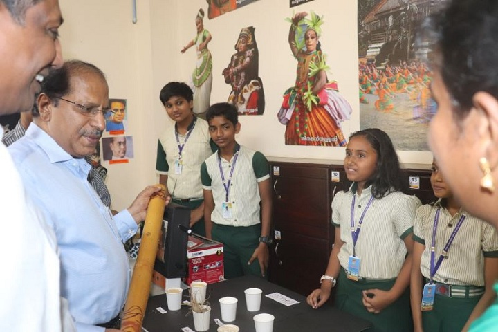 Mukundapuram Public School-Exhibition